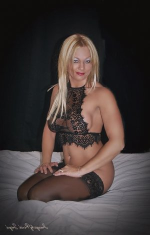 Margarete nuru massage in Fife, escort