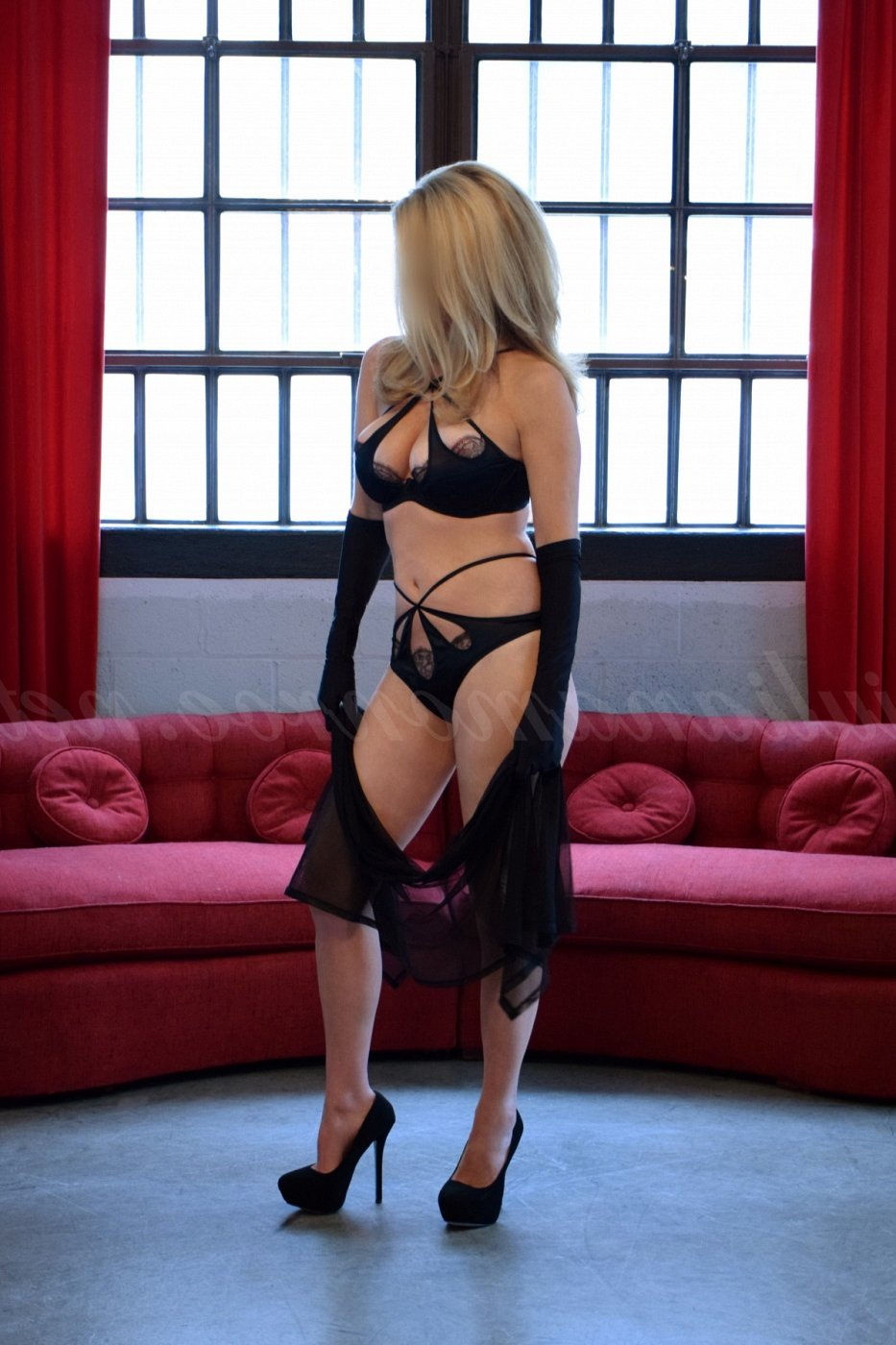 happy ending massage in Oakville MO, call girl