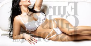 Miliana nuru massage in Marco Island & escort girl