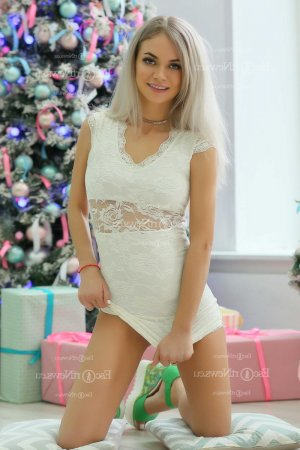 Corine thai massage & vip escort girl